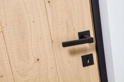 nordex-retro-deur-eik-kozijn-zwarte-klink.ri