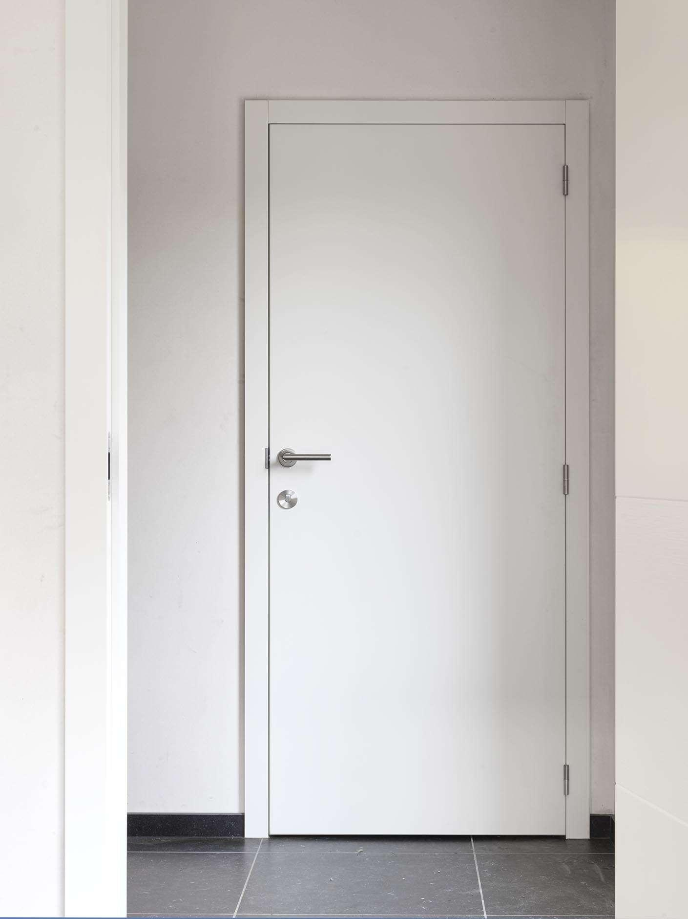 wit-gelakte-moderne-binnendeur