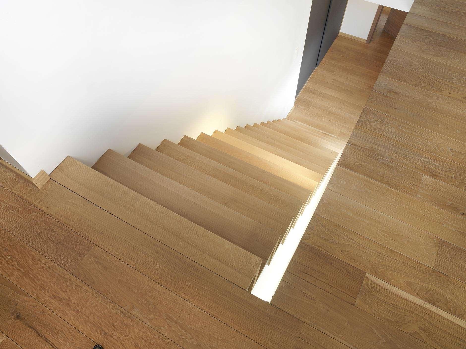 Nordex-houten-Z-trap-modern