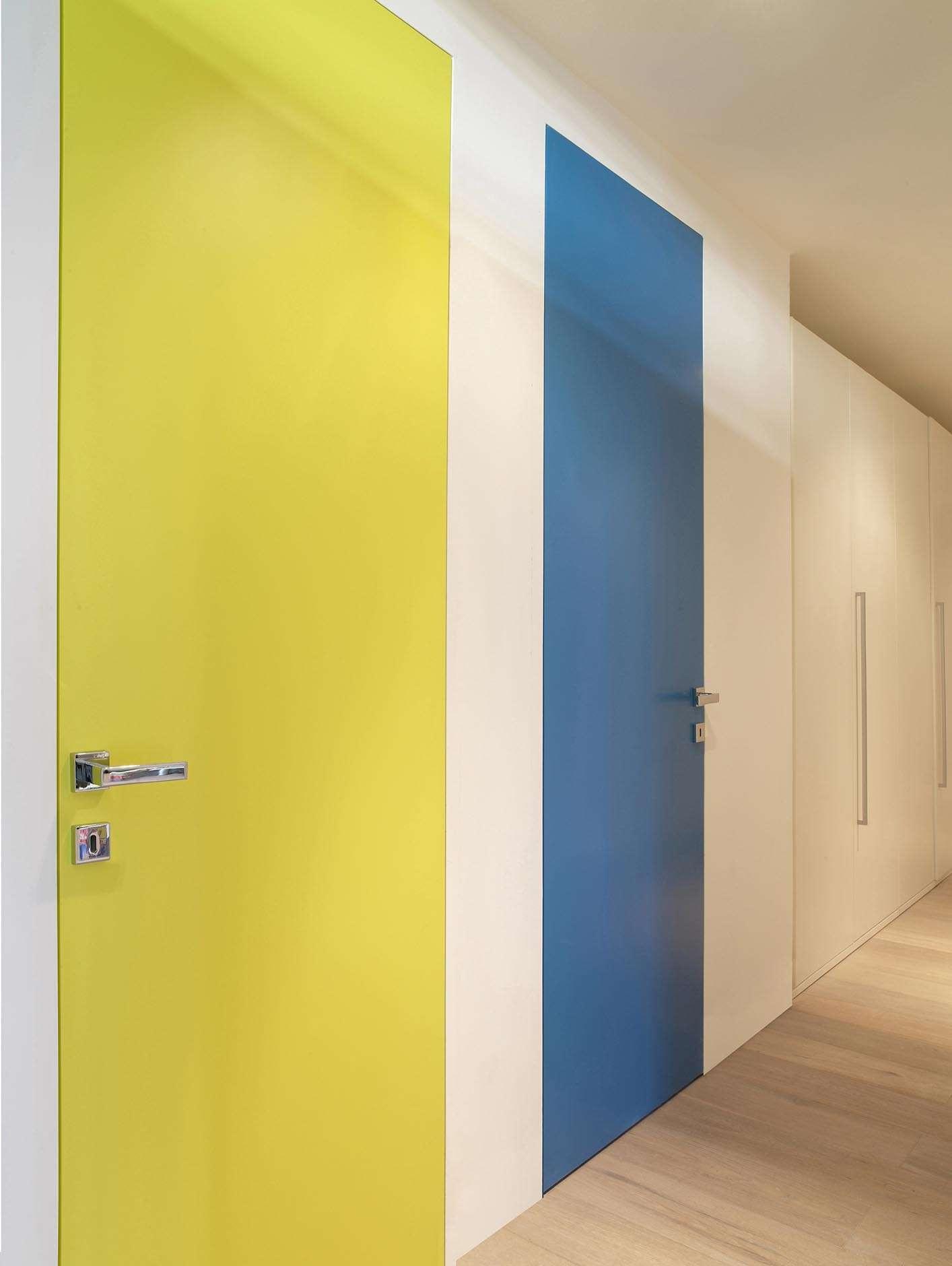 binnendeuren-geel-blauw-strak
