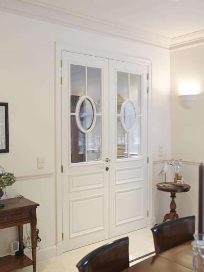 dubbele-deur-wit-gelakt-landelijk-interieur