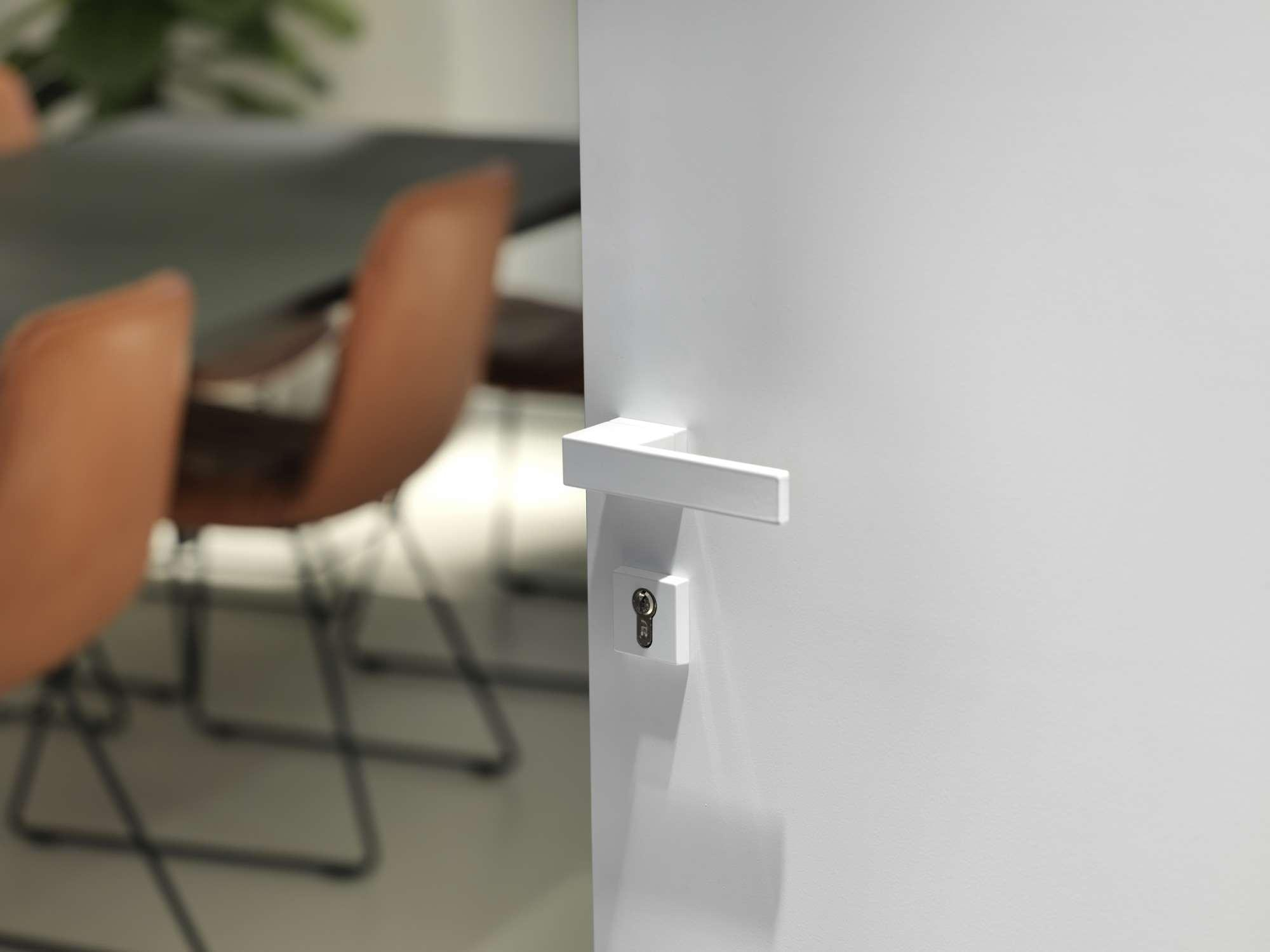 witte-deurklink-modern