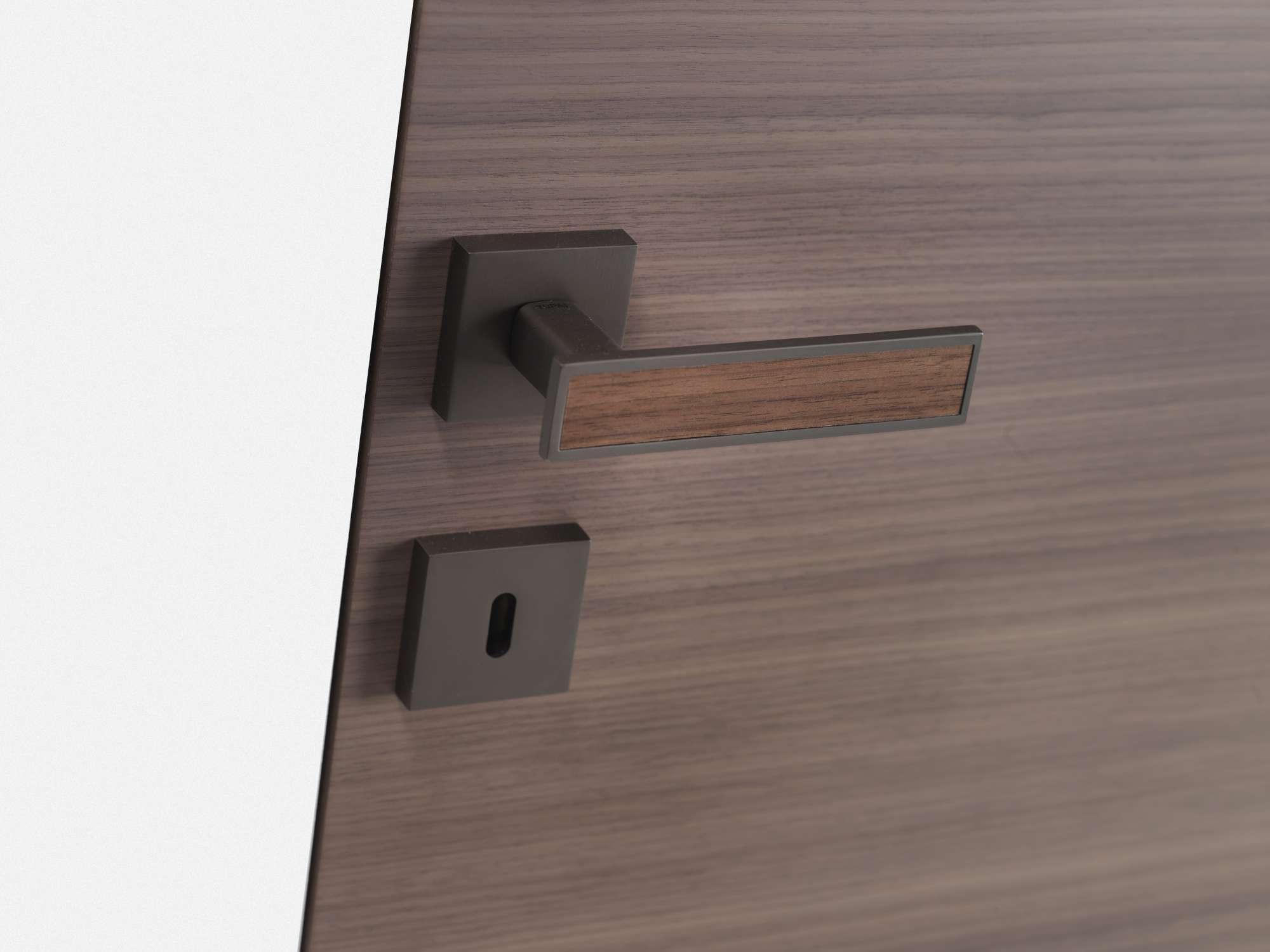 houten-deurklink-strak-vierkant