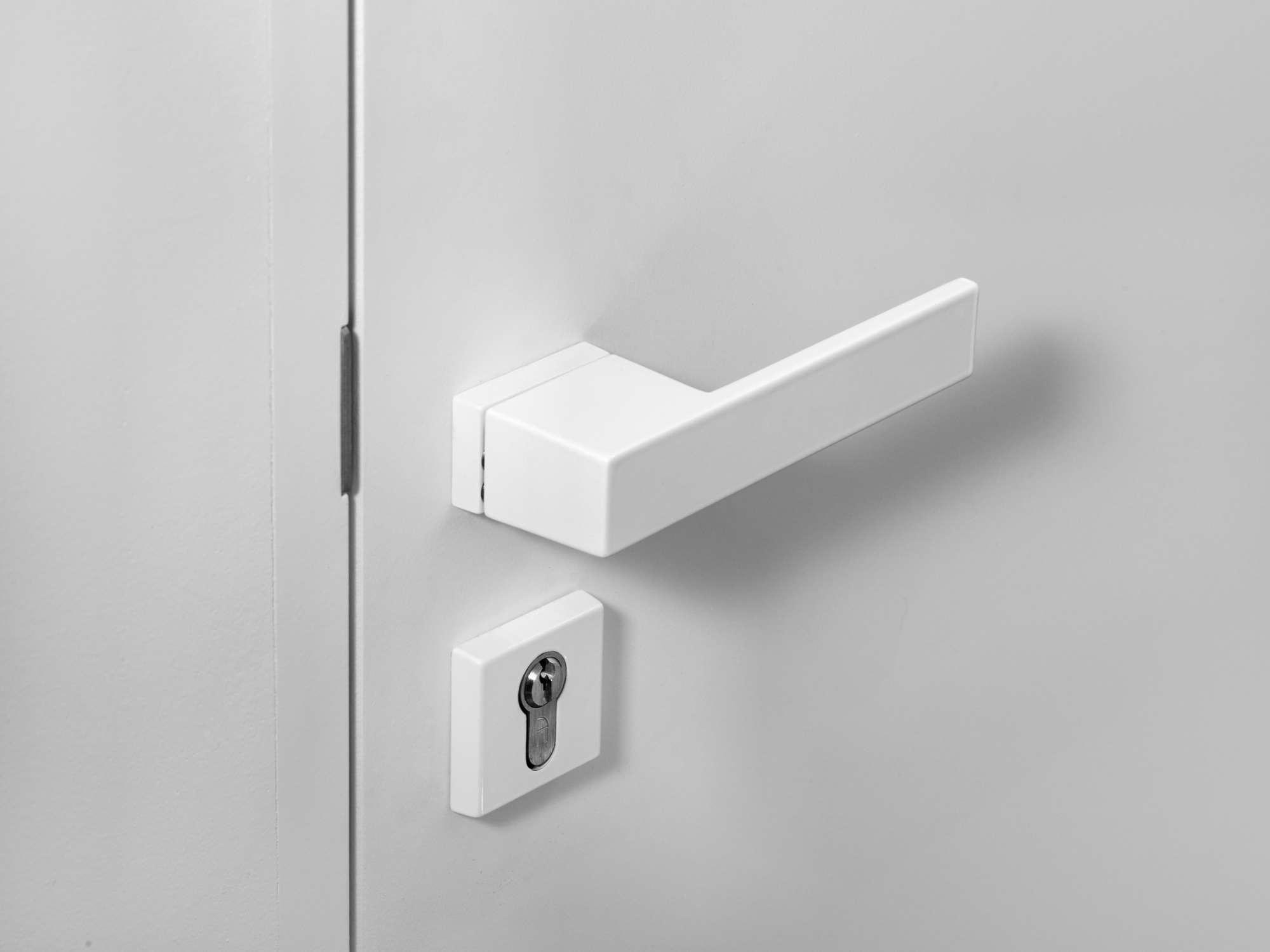 witte-strakke-deurkruk