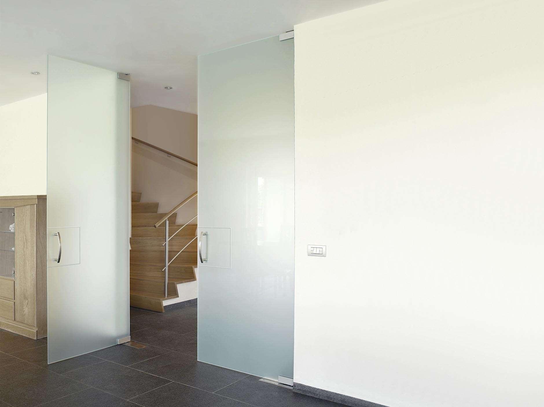 dubbele-glazen-deur-mat-vloerpomp