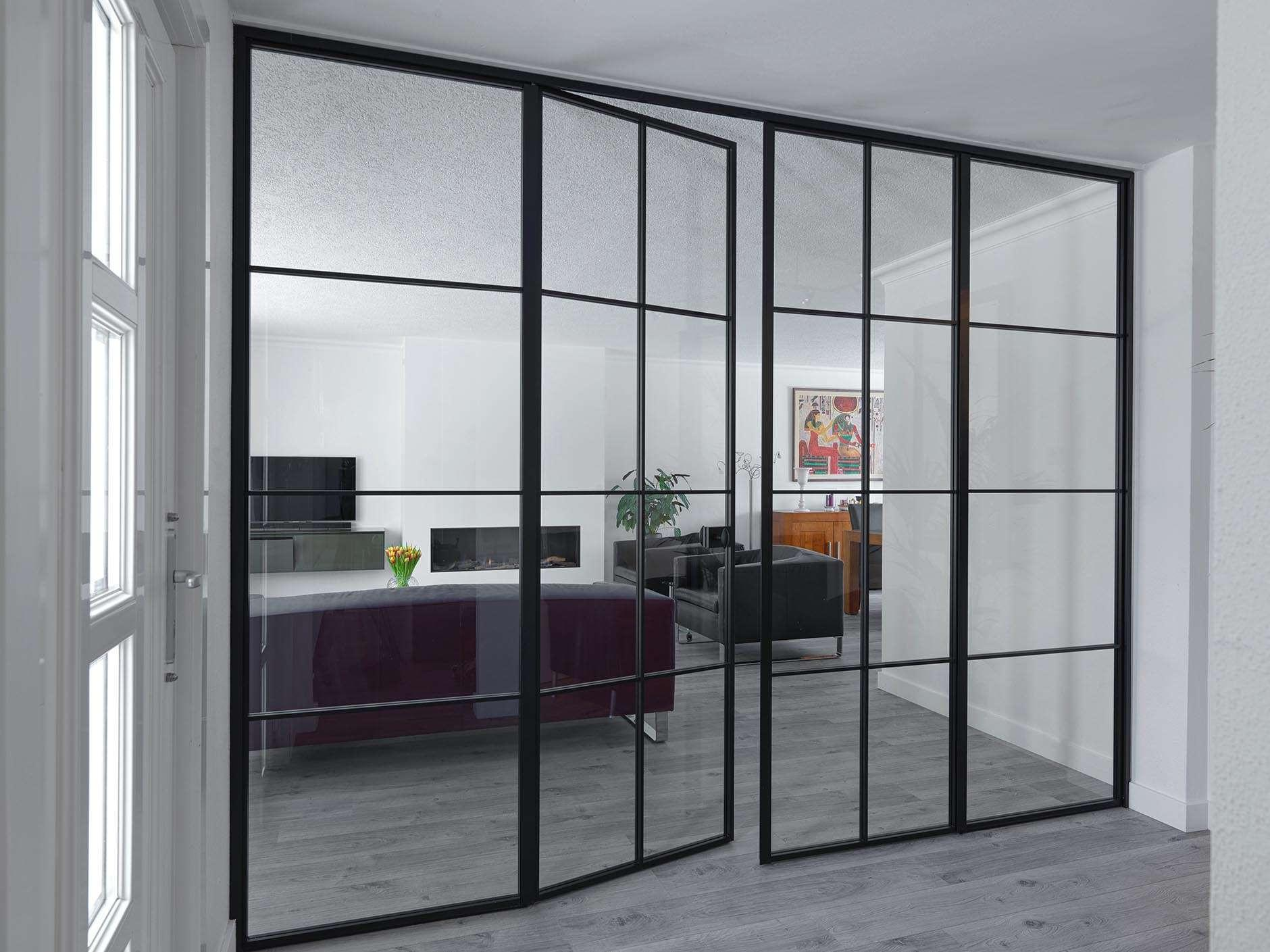 glazen-wand-dubbele-deur-zwarte-kader