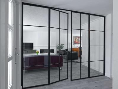 hoge-deur-glazen-wand-steellook