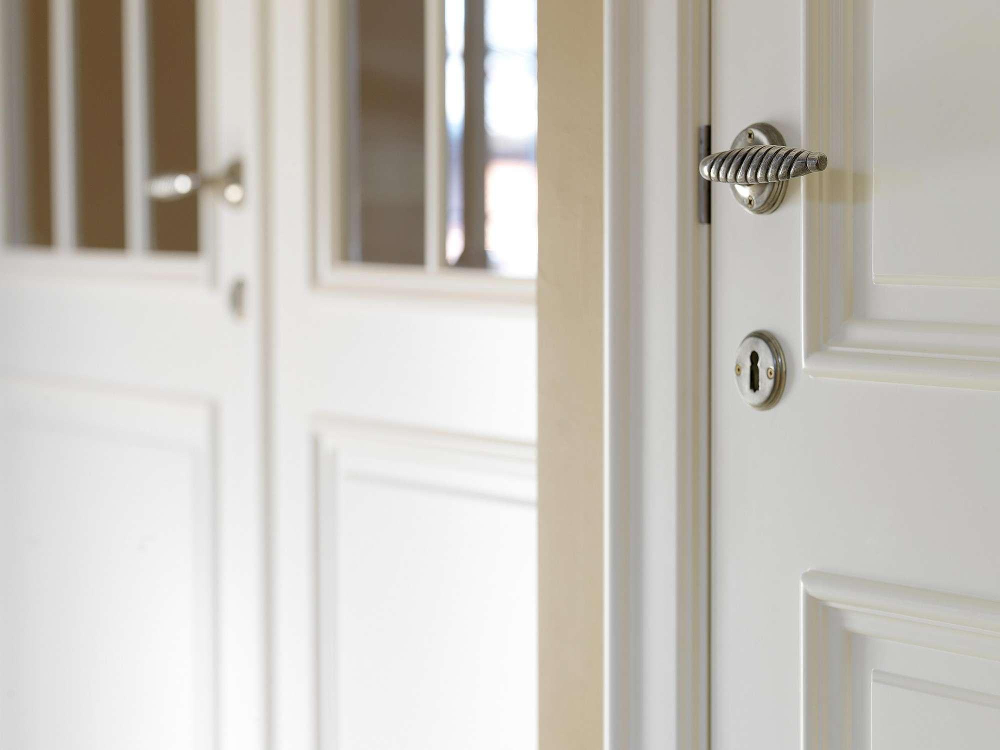 binnendeur-wit-gelakt-detail-klink
