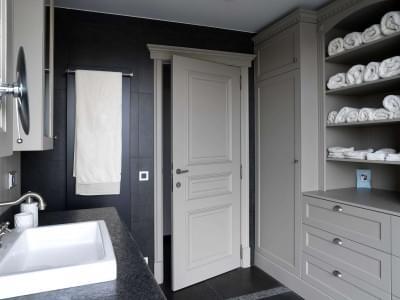 landelijke-badkamer-binnendeur-gelakt
