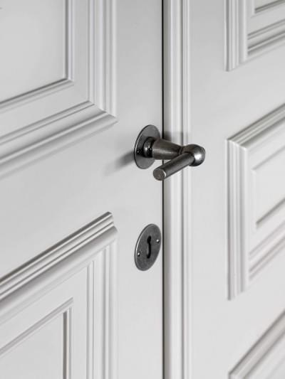 detail-dubbele-deur-klasse-stijlvol