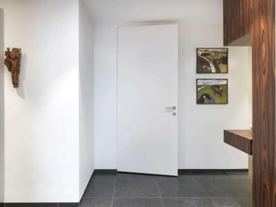 witte-binnendeur-modern-interieur