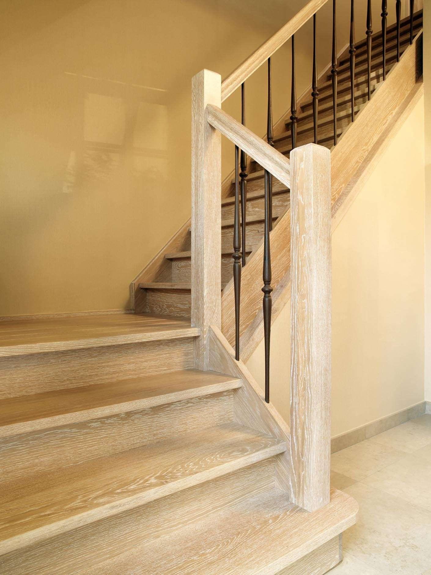 houten-trap-landelijk-interieur