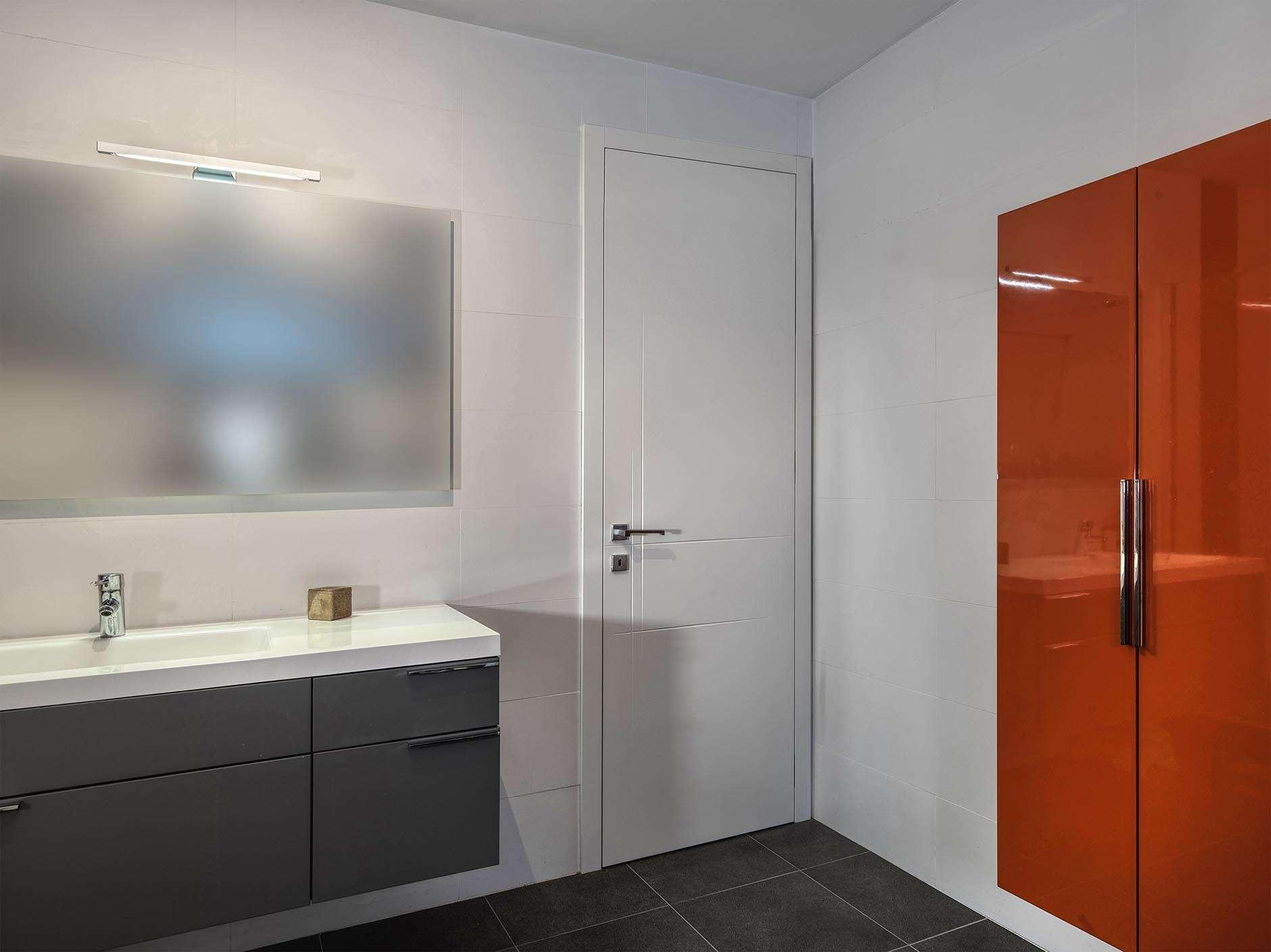 badkamerdeur-wit-gelakt-strak