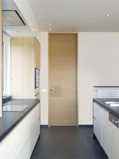 houten-plafondhoge-binnendeur-modern
