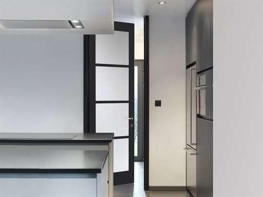 moderne-keuken-deur-glas